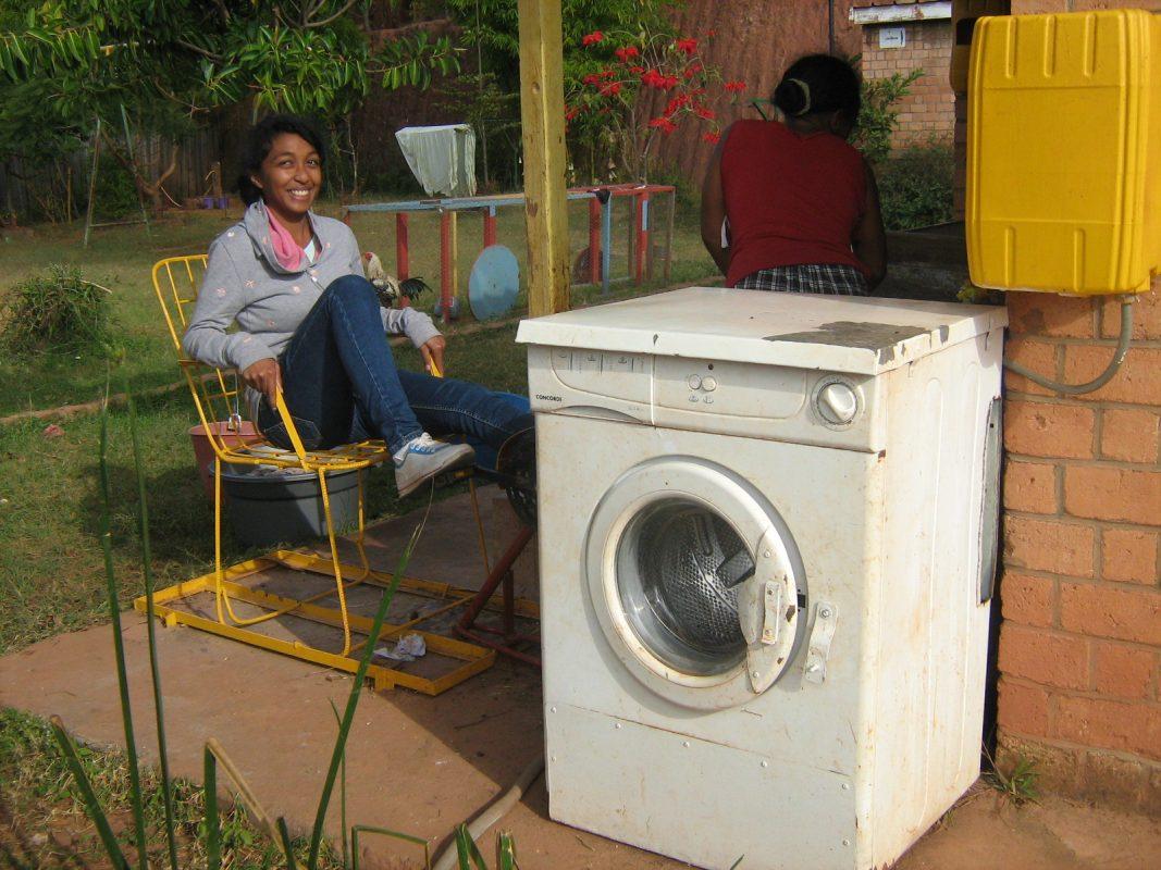 Machine à laver alimenté par pédale d'une bicyclette