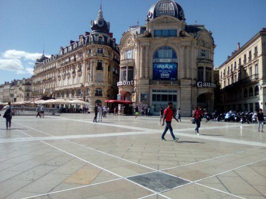 Sur la place de la Comédie Montpellier